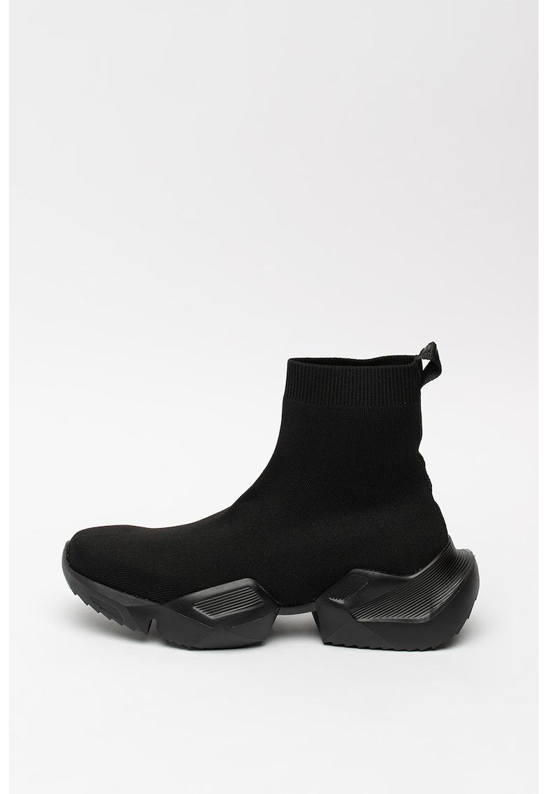 Pantofi sport cu constructie tip soseta si talpa masiva