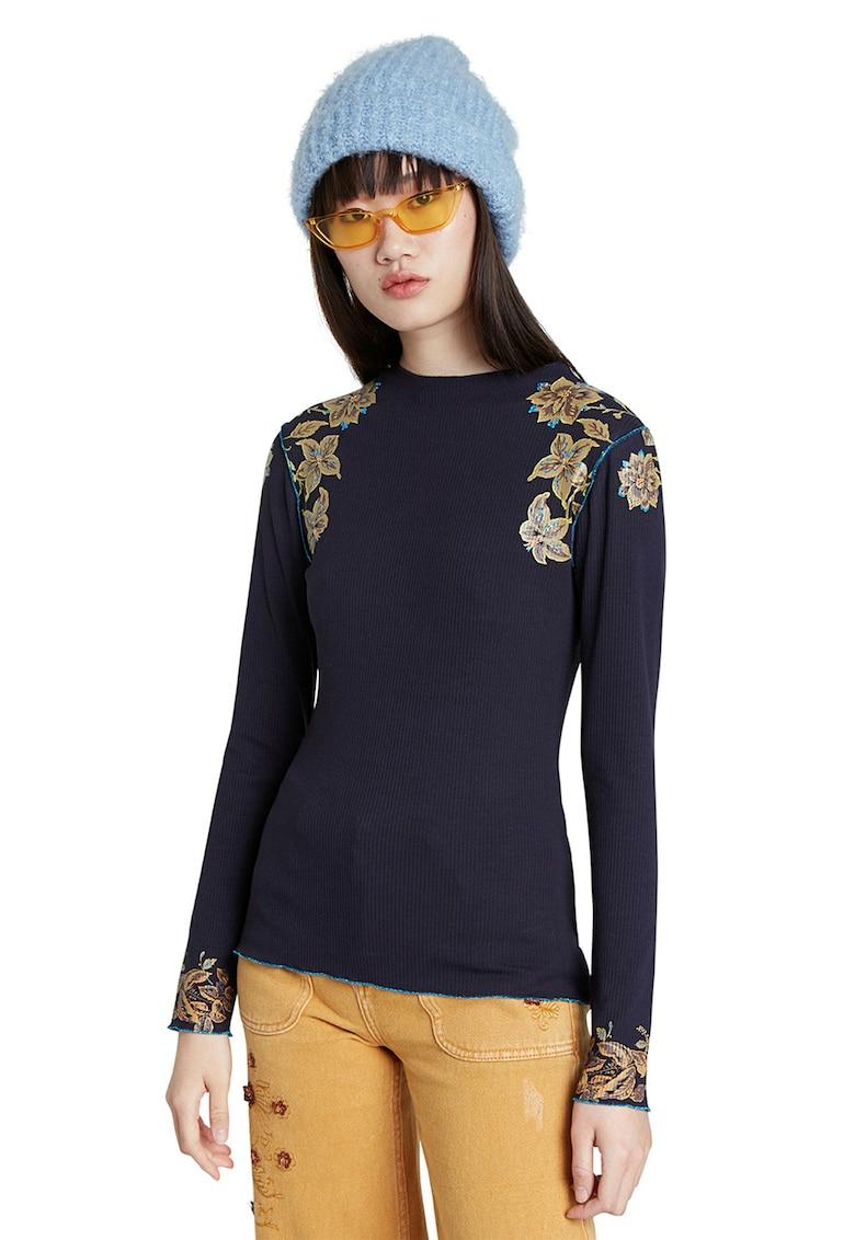 Bluza cu imprimeu floral si striatii fashiondays.ro