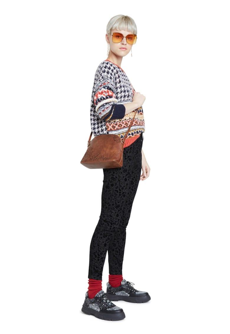 Pantaloni cu model floral imagine