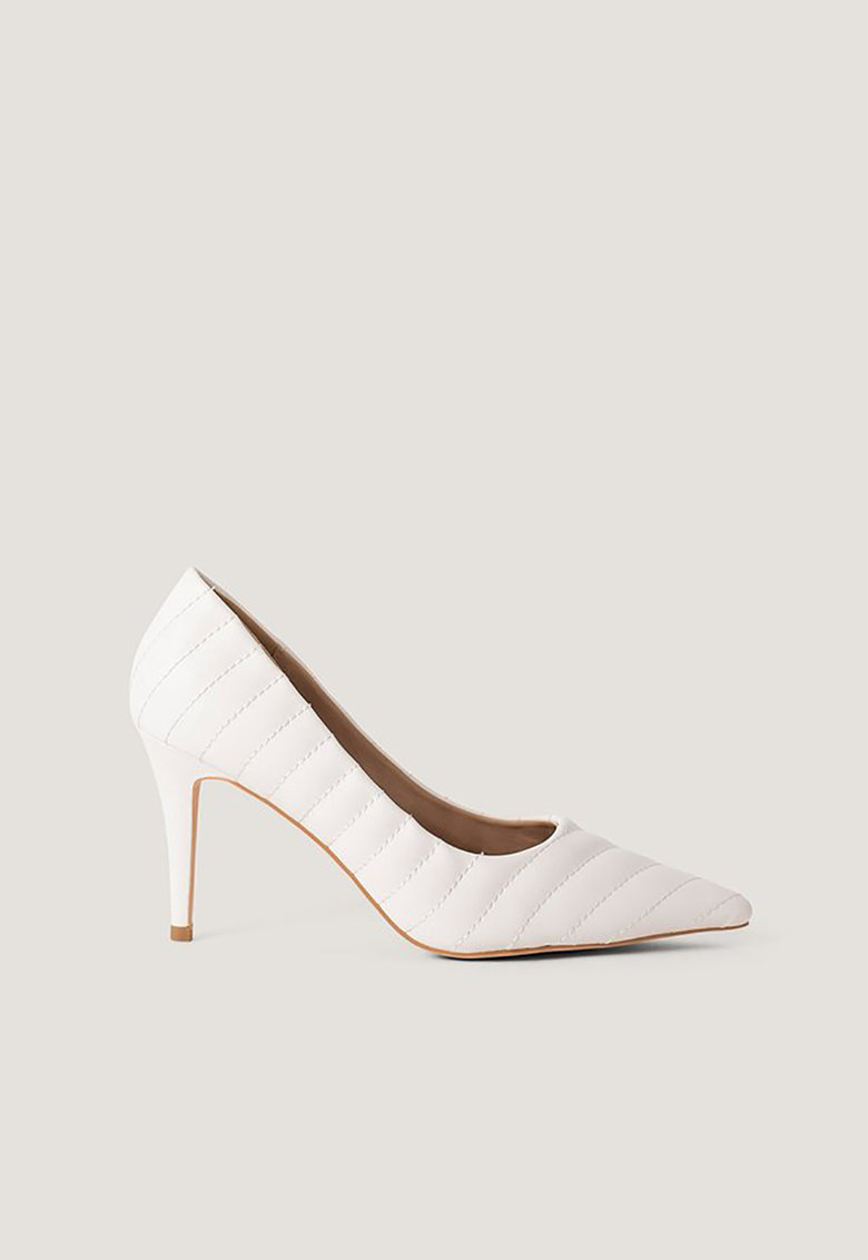 Pantofi stiletto de piele ecologica - cu aspect matlasat