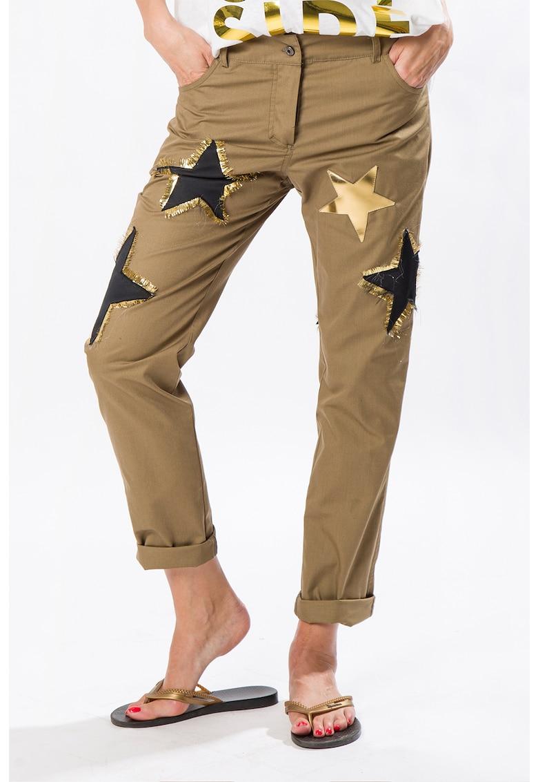 Pantaloni cu aplicatii cu stea Camel Juice