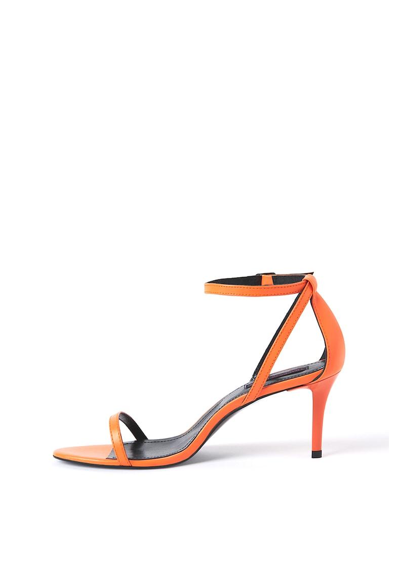 Sandale de piele cu toc si barete multiple poza fashiondays