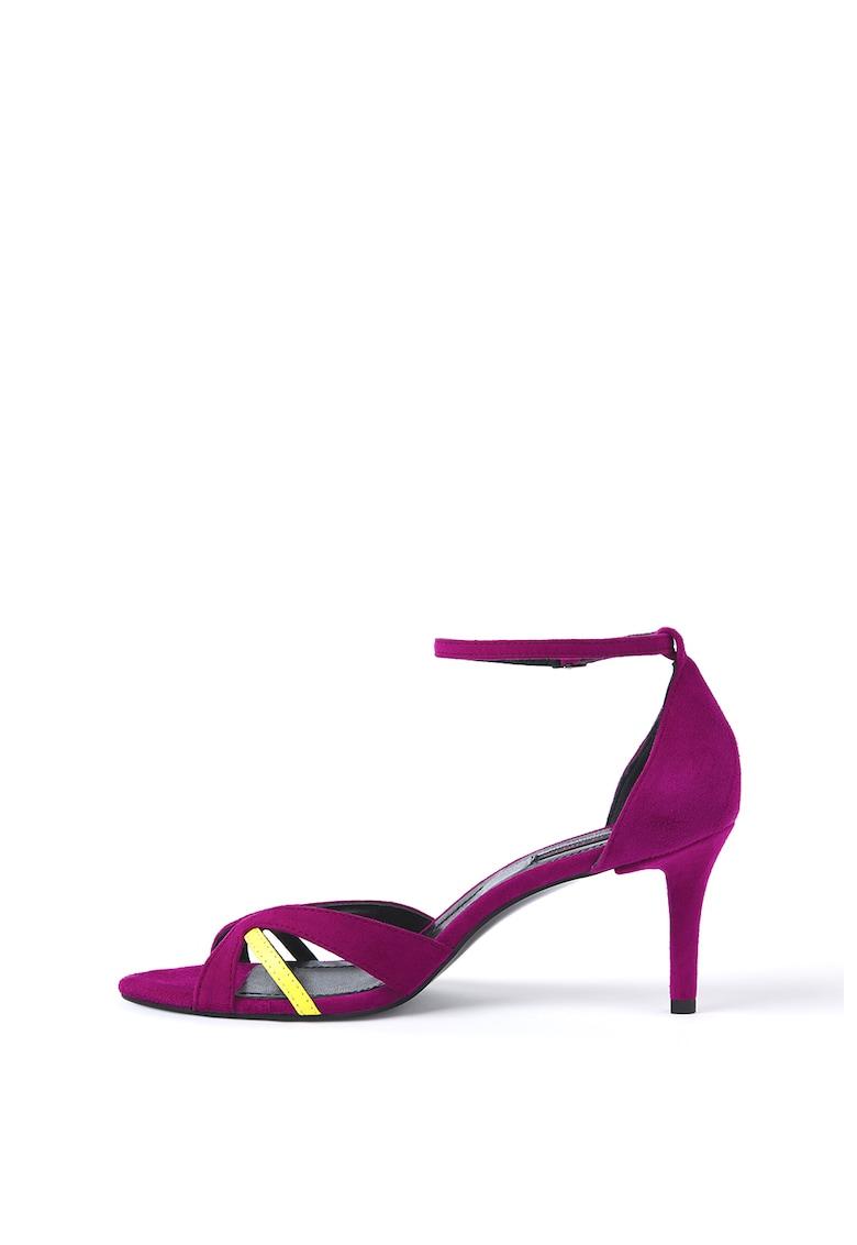 Sandale de piele intoarsa - cu toc si barete contrastante