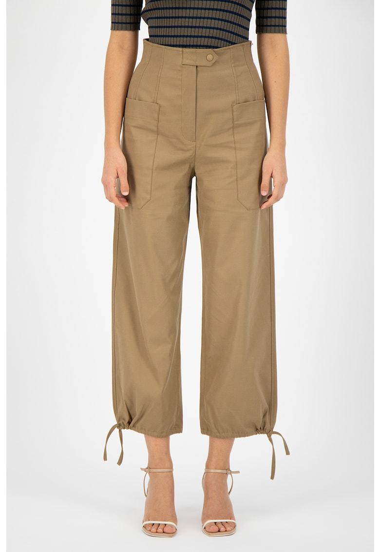 Pantaloni ampli din amestec de lyocell cu buzunare imagine fashiondays.ro