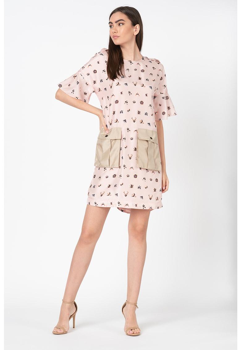Rochie mini din matase cu imprimeu grafic imagine fashiondays.ro