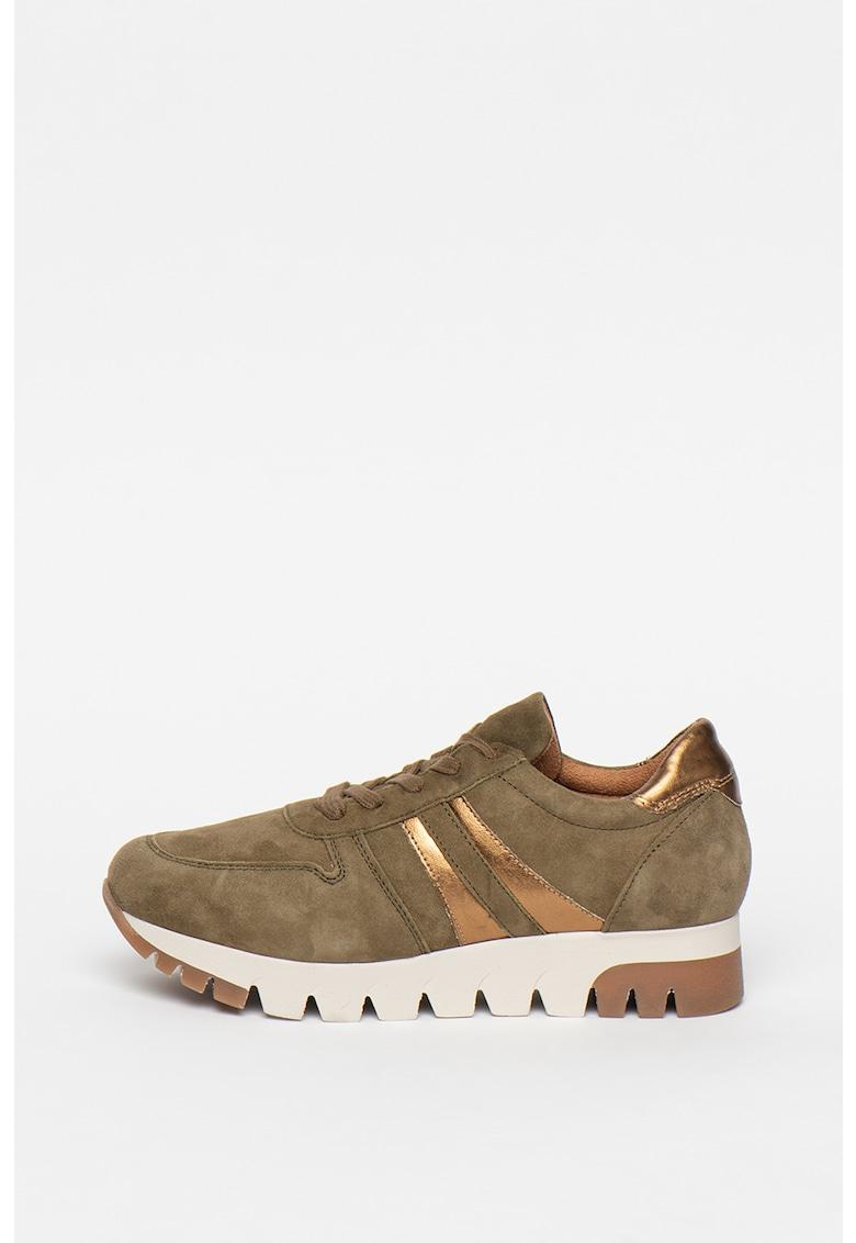 Pantofi sport de piele intoarsa - cu garnituri metalizate imagine promotie