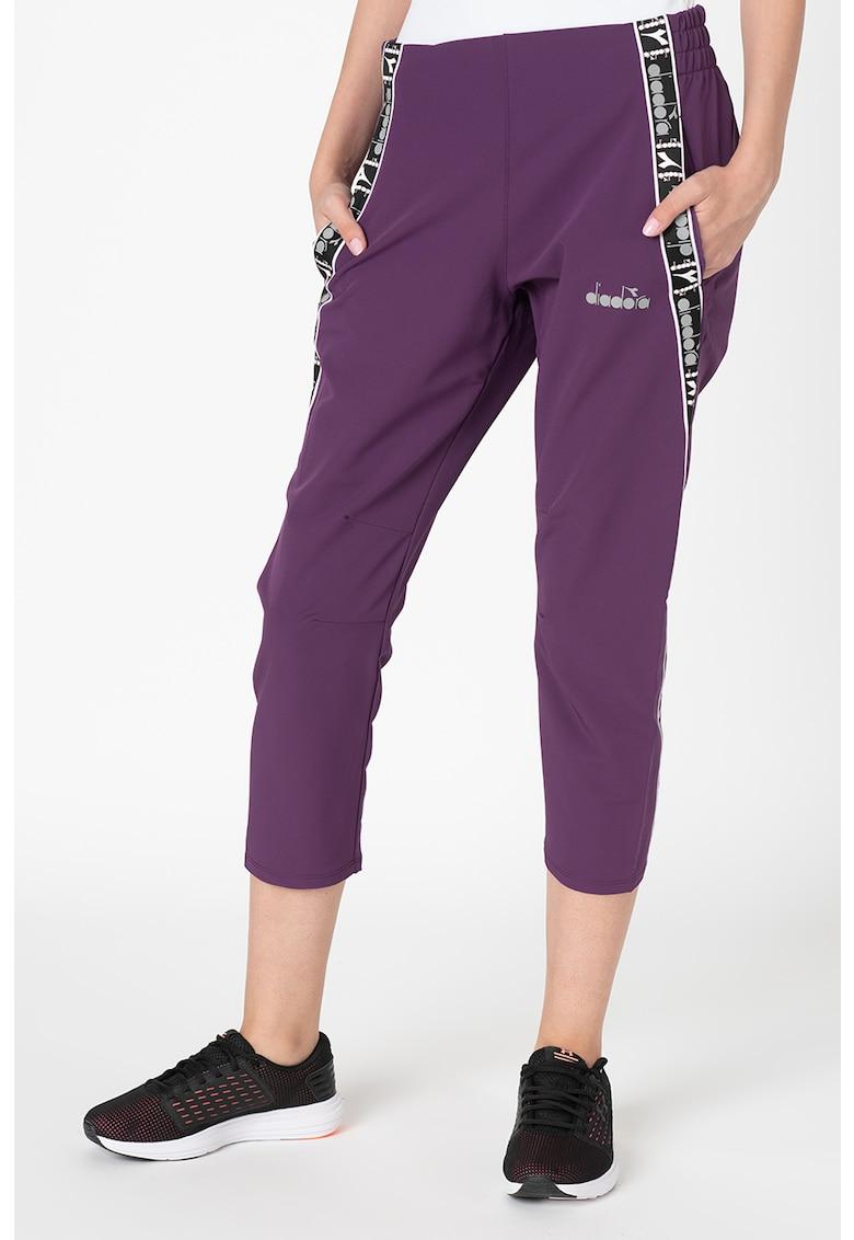 Pantaloni crop pentru alergare imagine fashiondays.ro