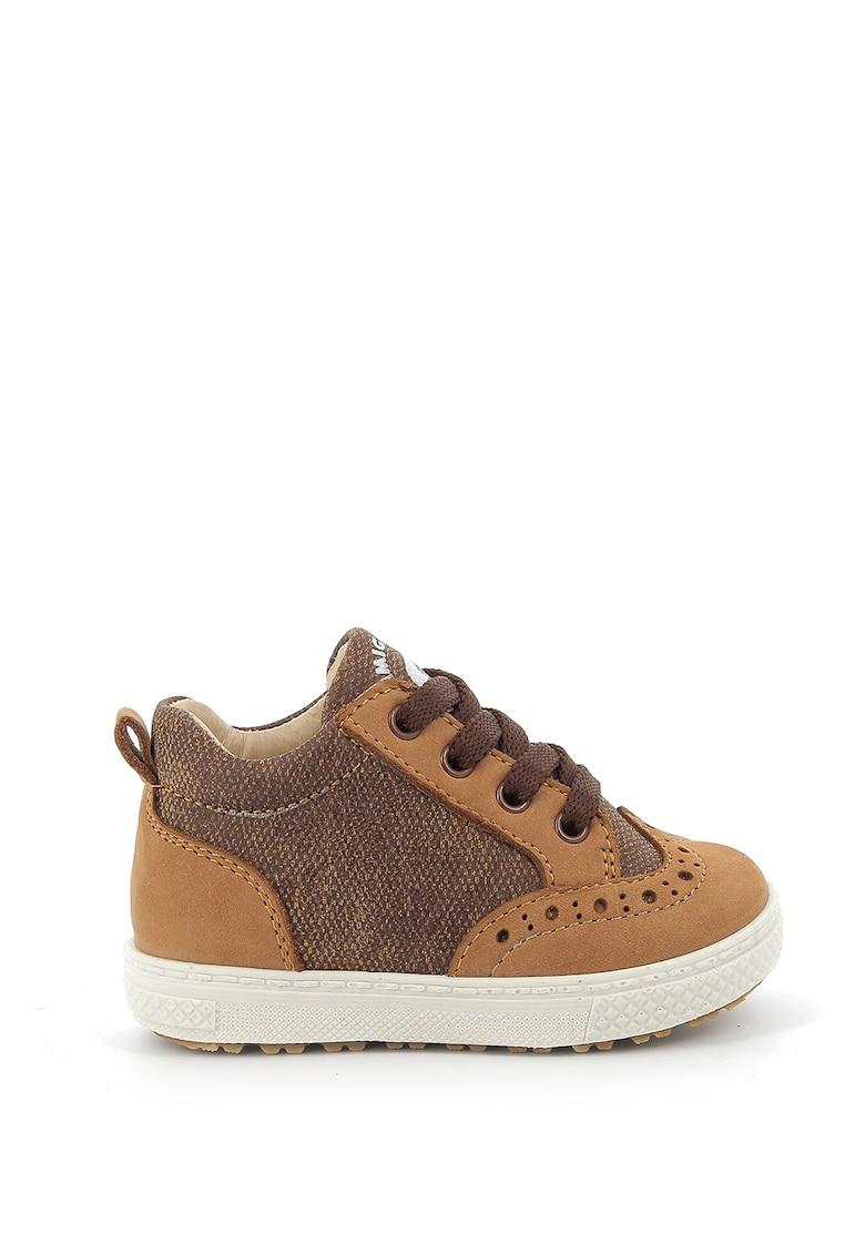 Pantofi casual cu insertii de piele nabuc de la Primigi