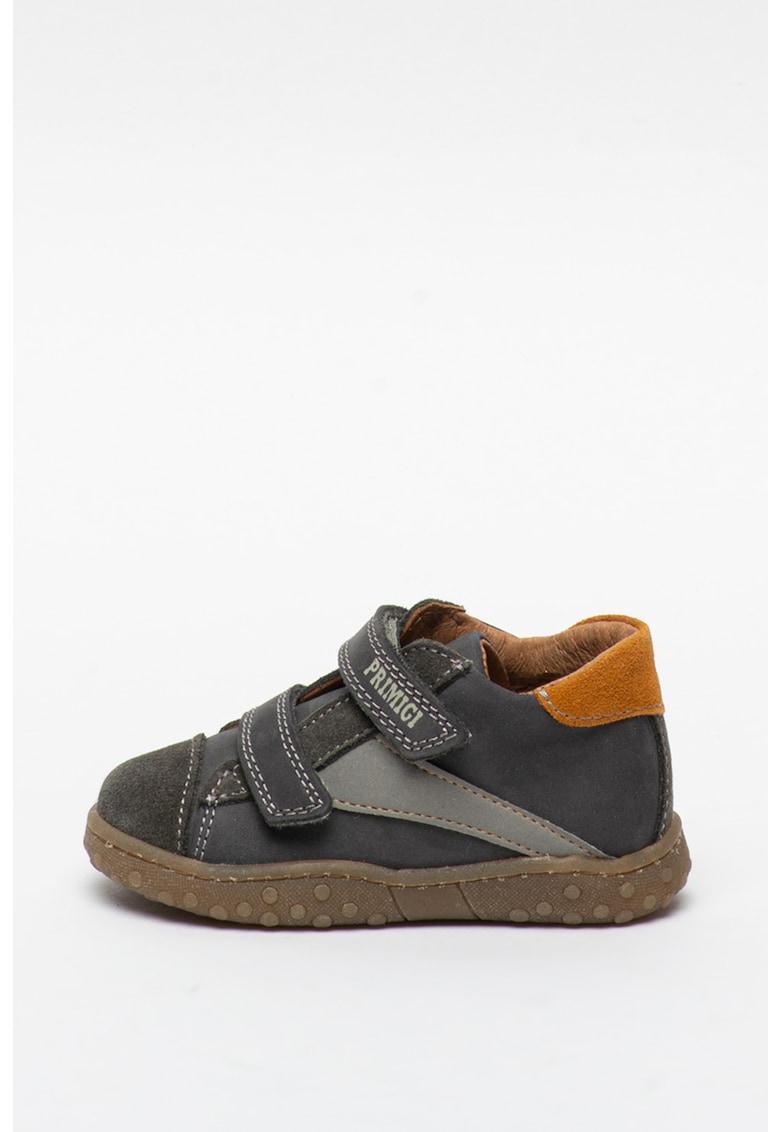 Pantofi sport de piele intoarsa si piele nabuc cu benzi velcro