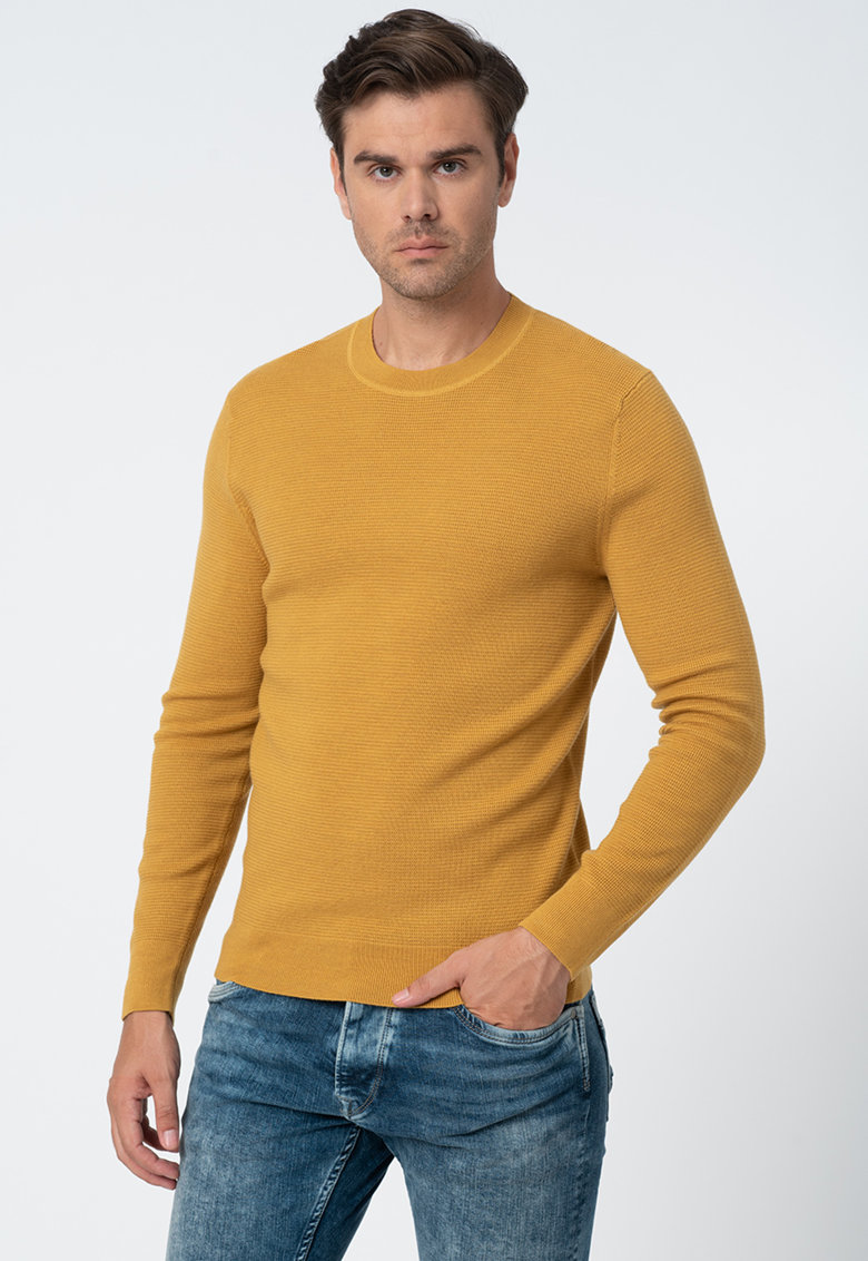 Pulover din lana tricotat fin
