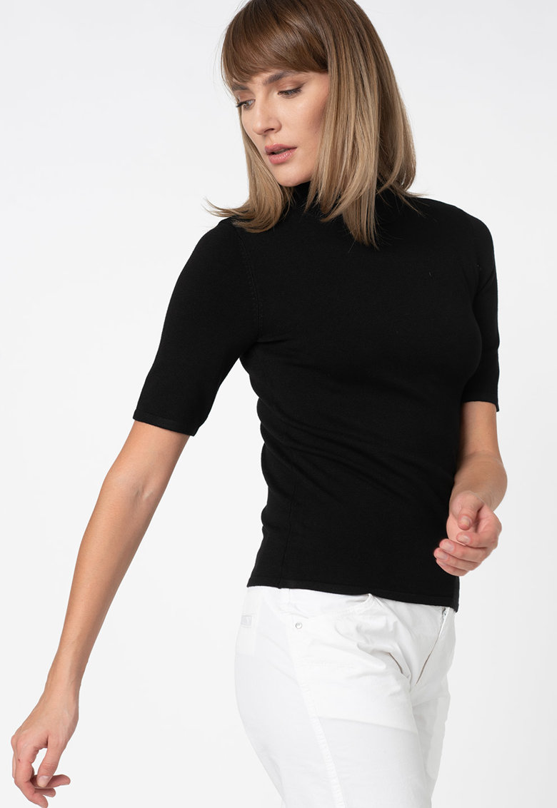 Pulover tricotat fin cu guler mediu poza fashiondays