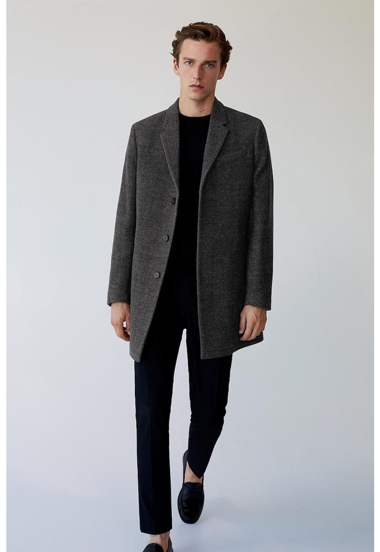 Palton din amestec de lana cu revere decupate