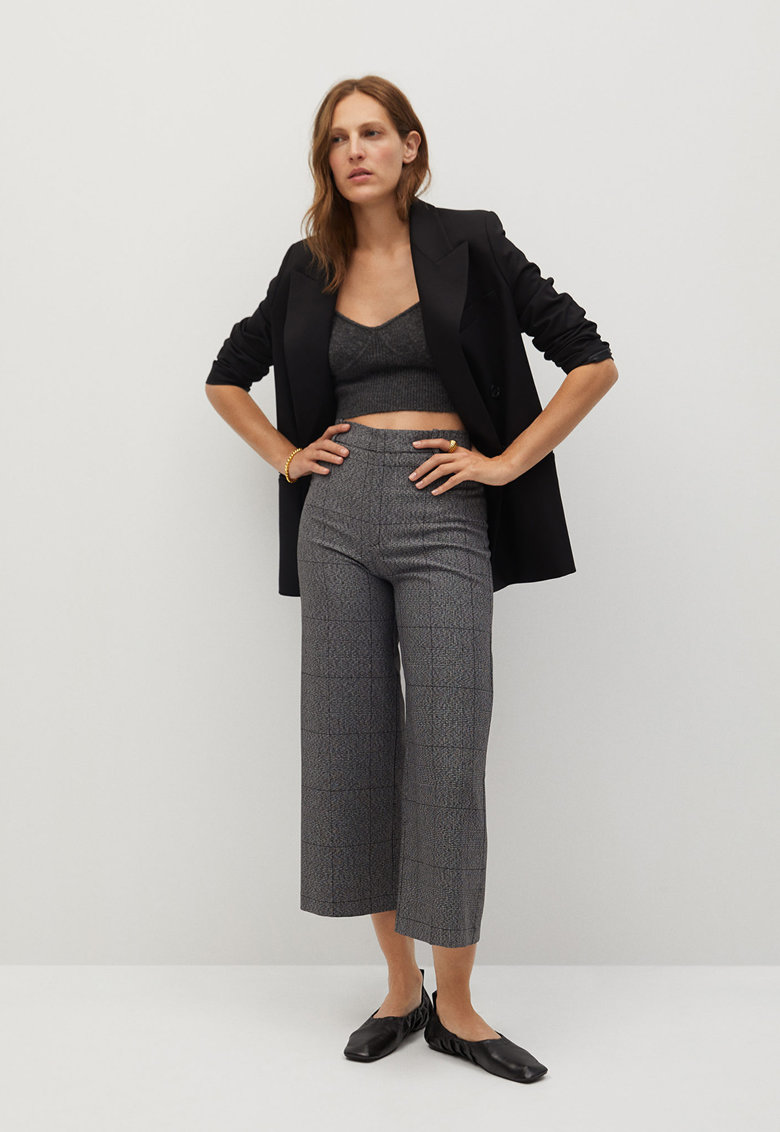 Pantaloni crop cu croiala ampla si model in carouri Clean imagine promotie