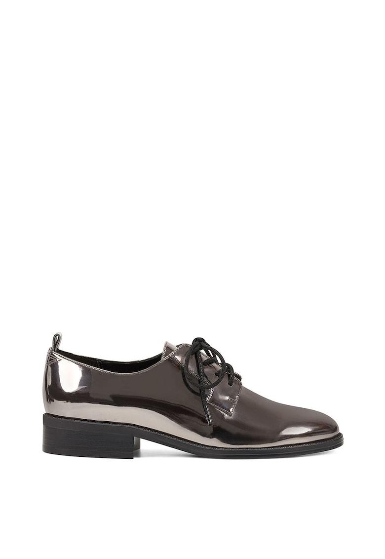 Pantofi derby de piele lacuita Henley