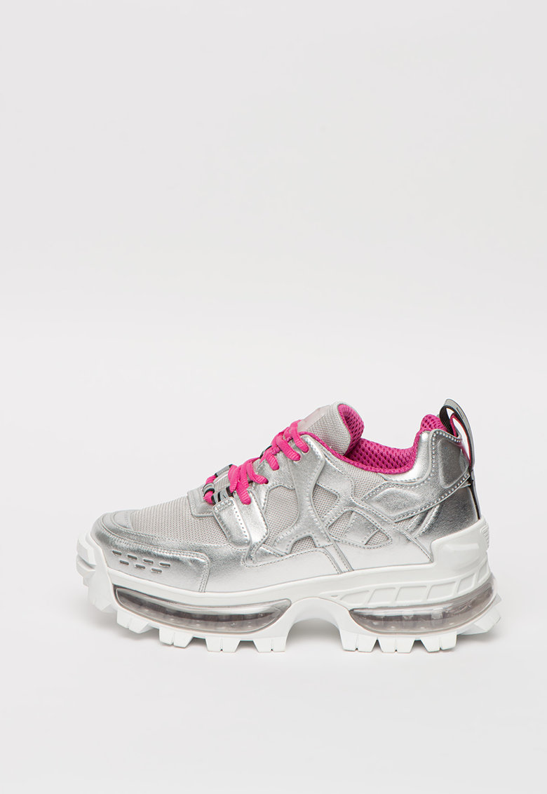 Pantofi sport cu talpa masiva