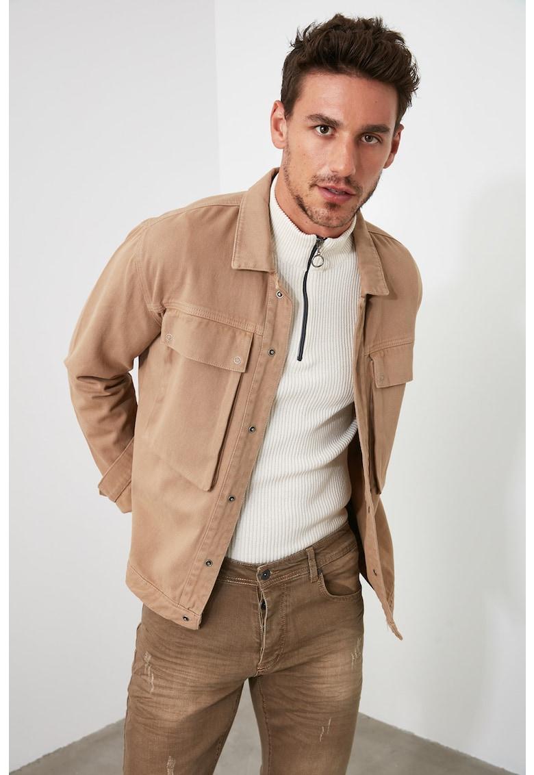 Jacheta cu buzunare aplicate