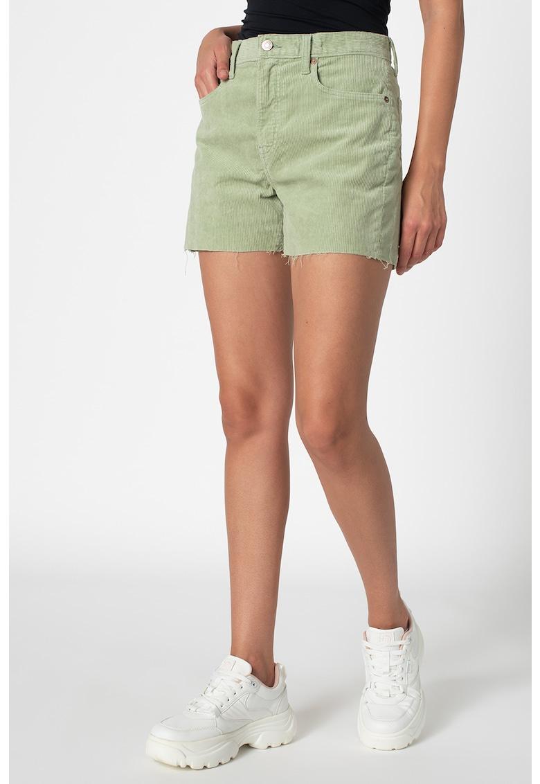 Pantaloni scurti din reiat cu buzunare imagine fashiondays.ro