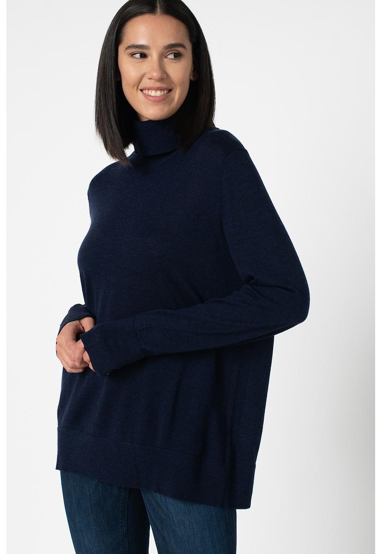 Pulover tricotat fin de lana - cu guler inalt