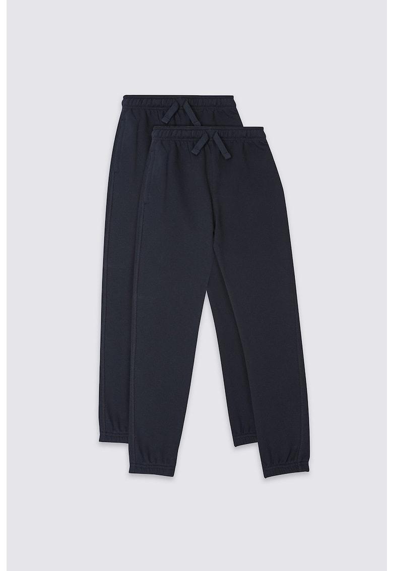 Set de pantaloni sport cu snur de ajustare in talie - 2 piese imagine fashiondays.ro