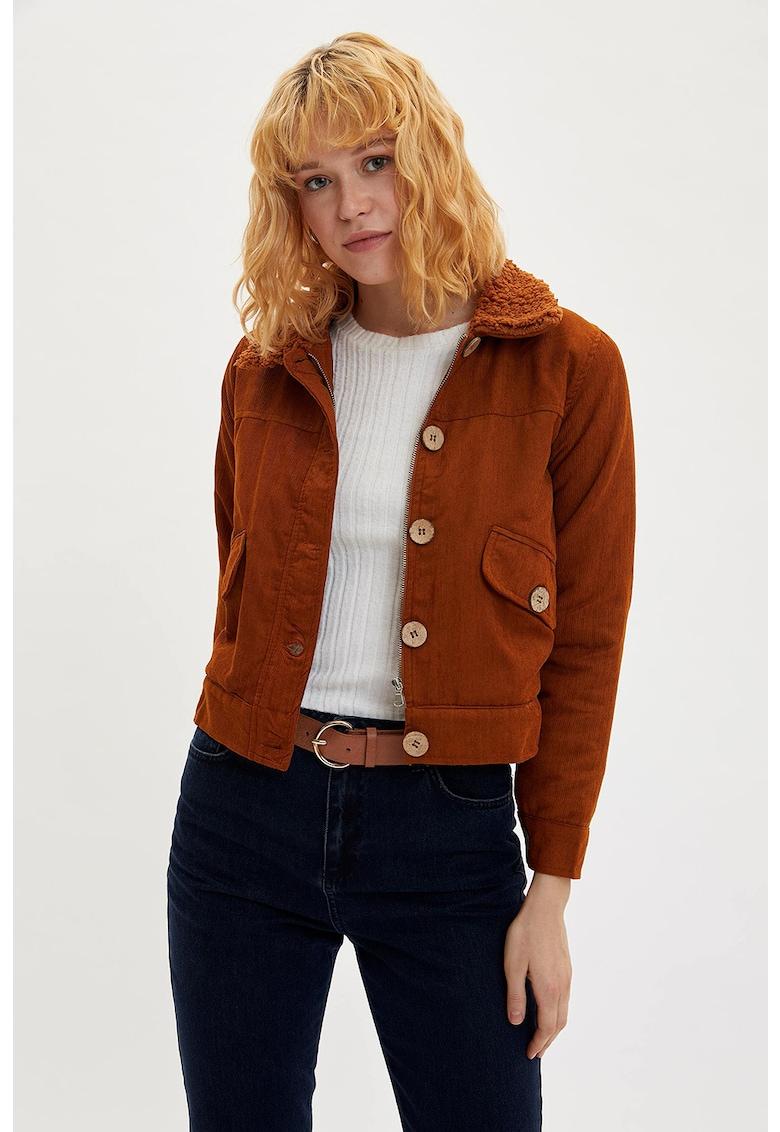 Jacheta din reiat cu captuseala din material teddy