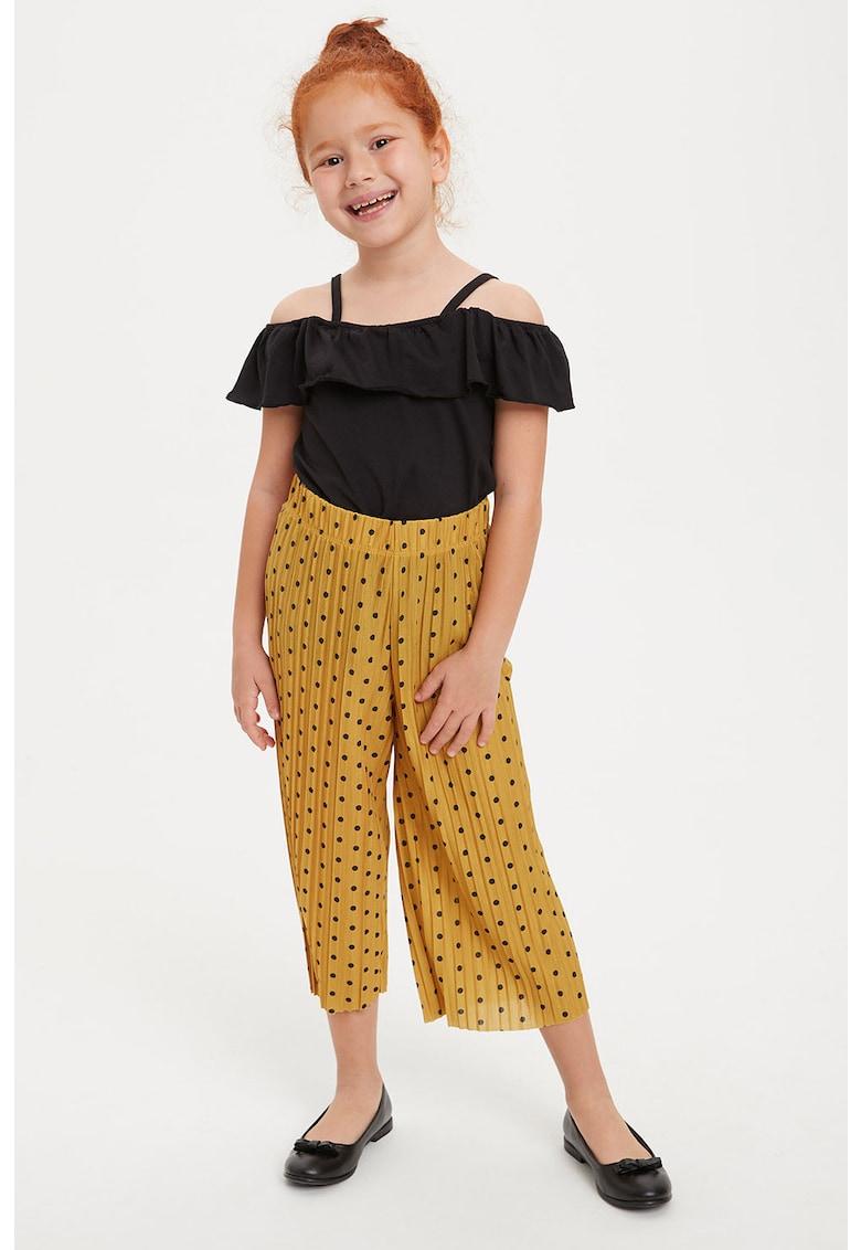 Pantaloni cu imprimeu cu buline si croiala ampla fashiondays.ro