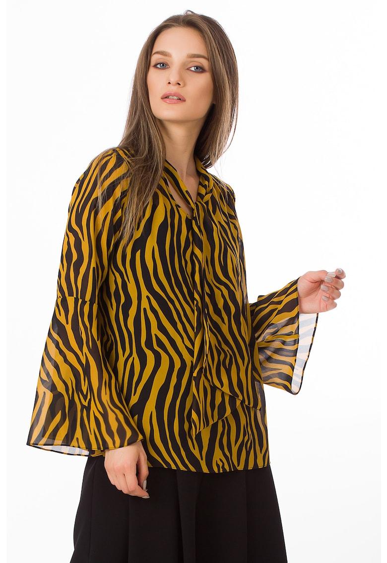 Bluza cu imprimeu zebra si funda din panglici