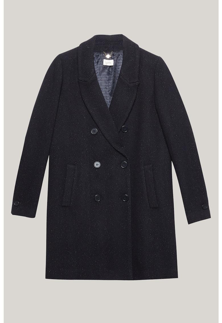 Palton cu doua randuri de nasturi si revere decupate