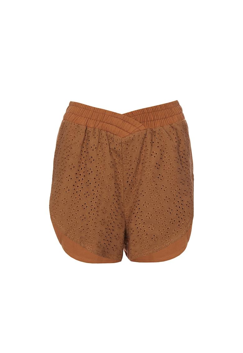 Pantaloni scurti de in cu detalii brodate