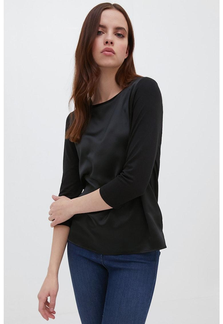Bluza cu segment din satin pe partea din fata imagine fashiondays.ro Motivi