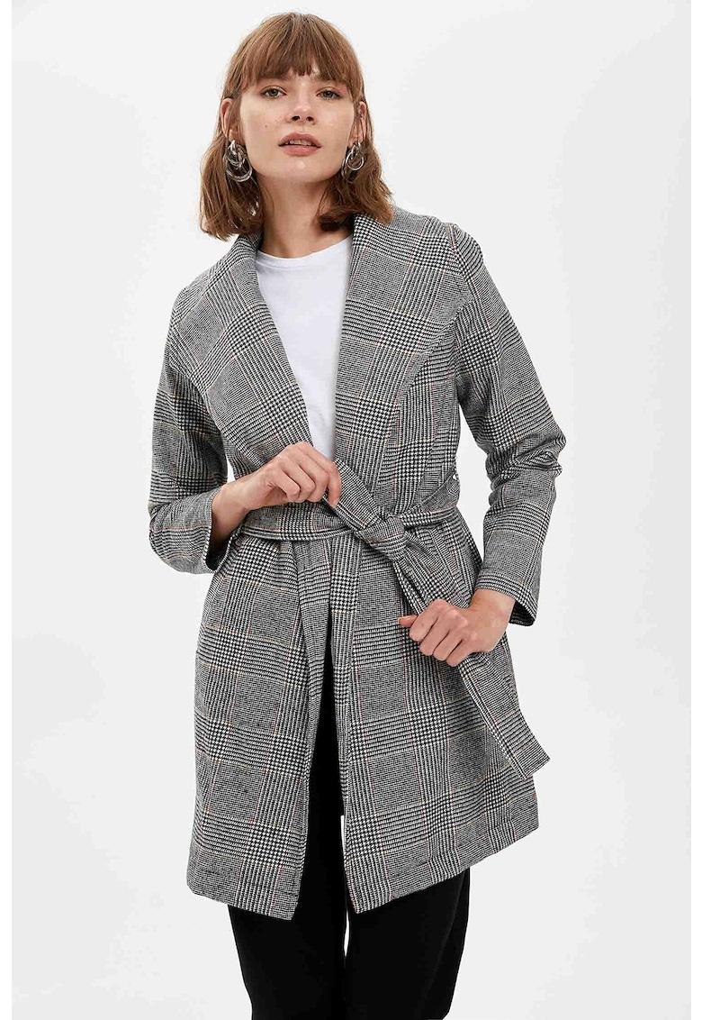 Palton cu model in carouri si cordon imagine
