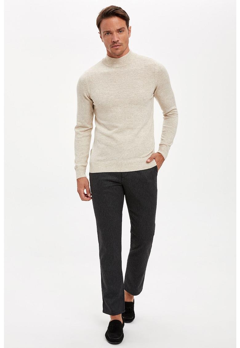 Pantaloni chino regular fit imagine