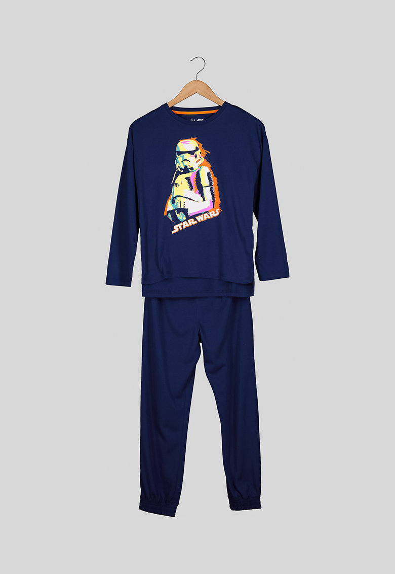 Pijama cu pantaloni lungi si tematica Stars Wars fashiondays.ro