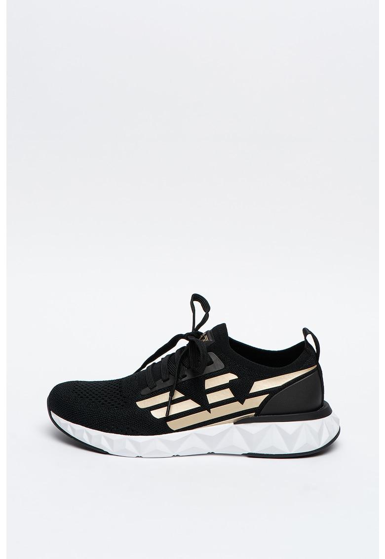 Pantofi sport de plasa cu design fatetat