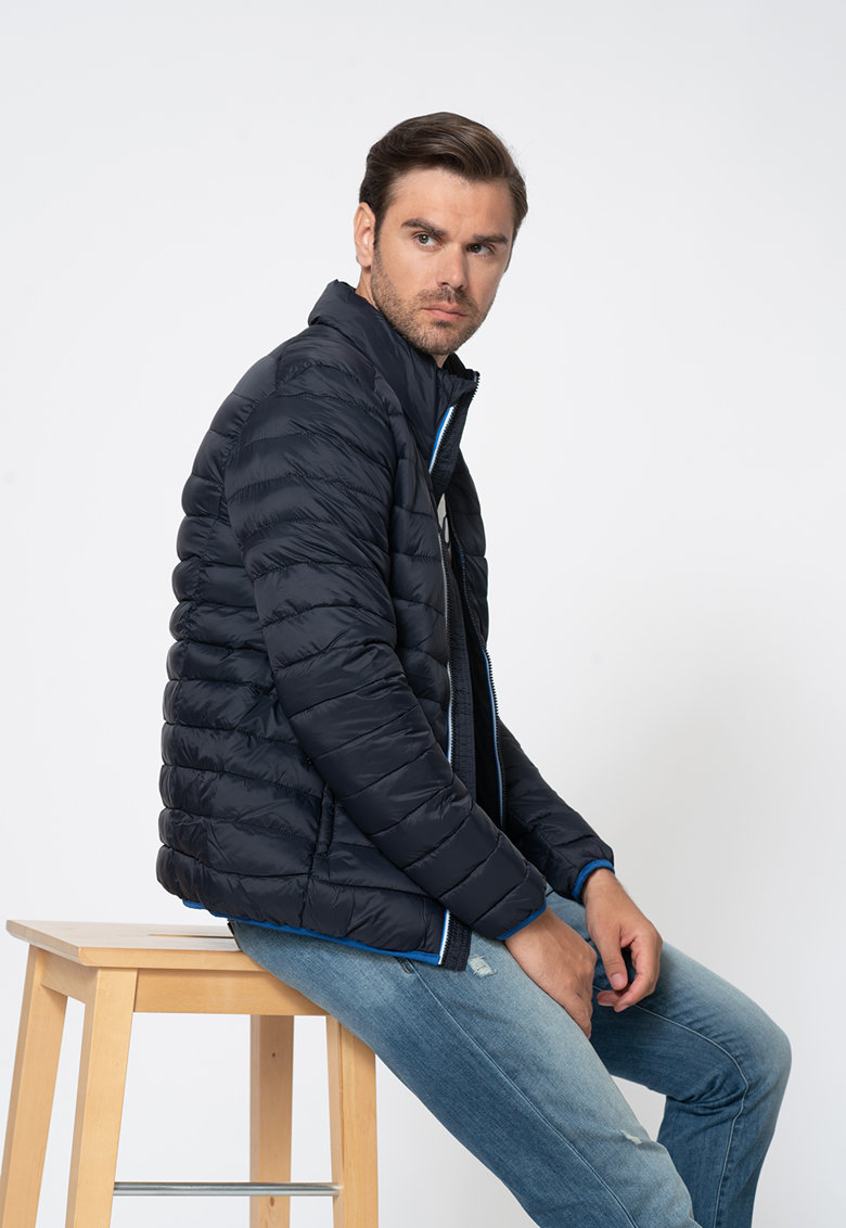 Jacheta cu aspect matlasat imagine
