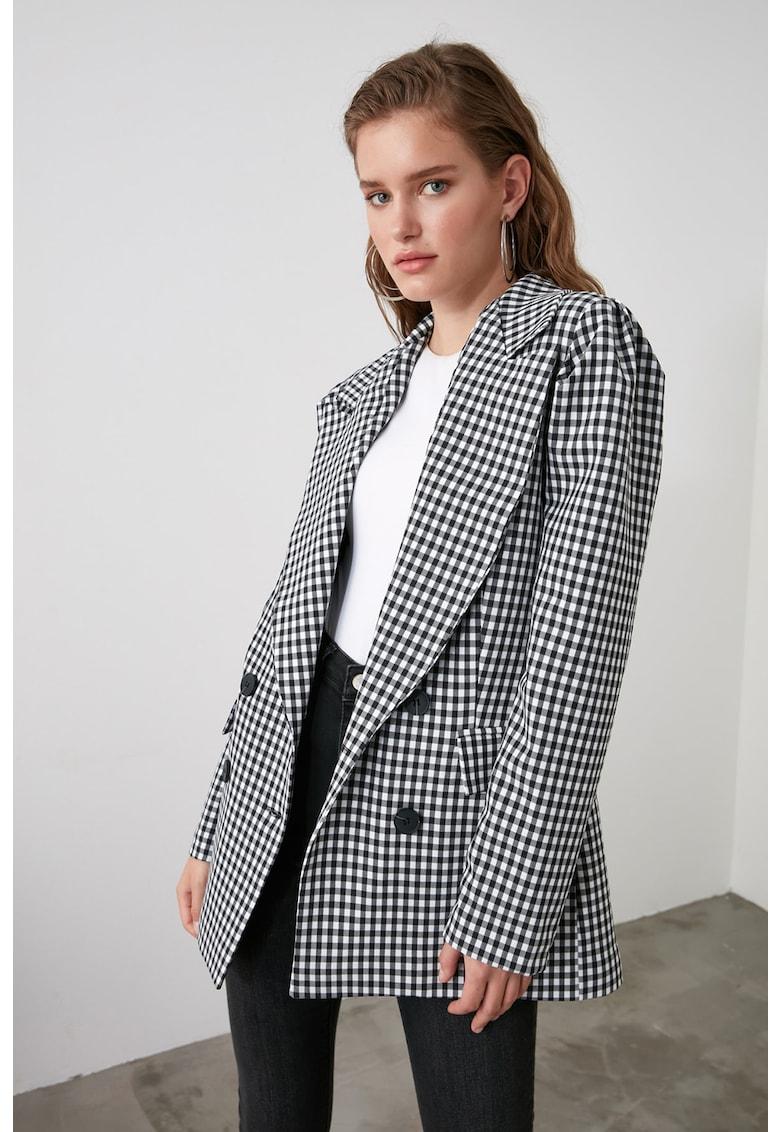 Palton usor cu doua randuri de nasturi si model in carouri