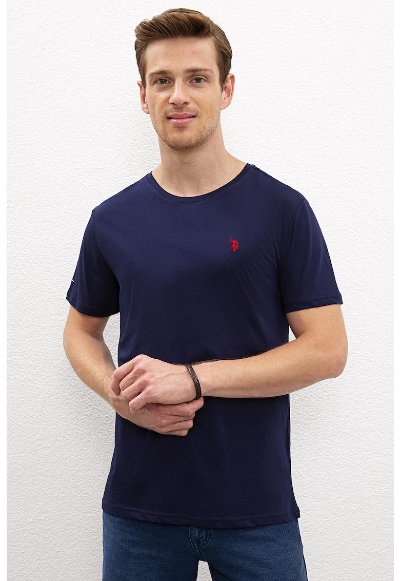 Tricou cu decolteu la baza gatului si logo brodat 1