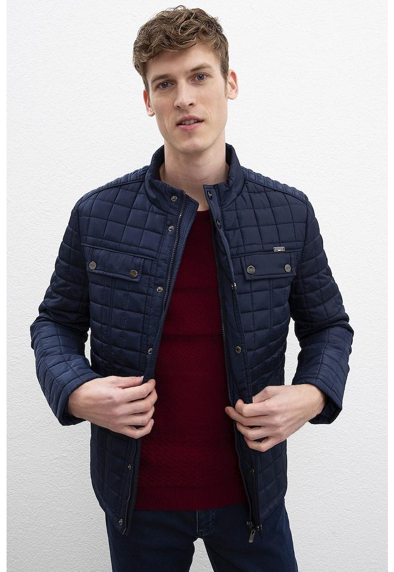 Jacheta cu aspect matlasat
