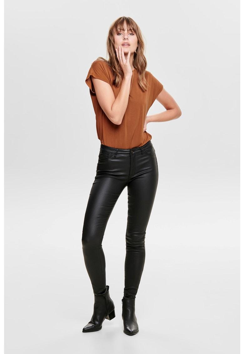 Pantaloni de piele ecologica imagine promotie