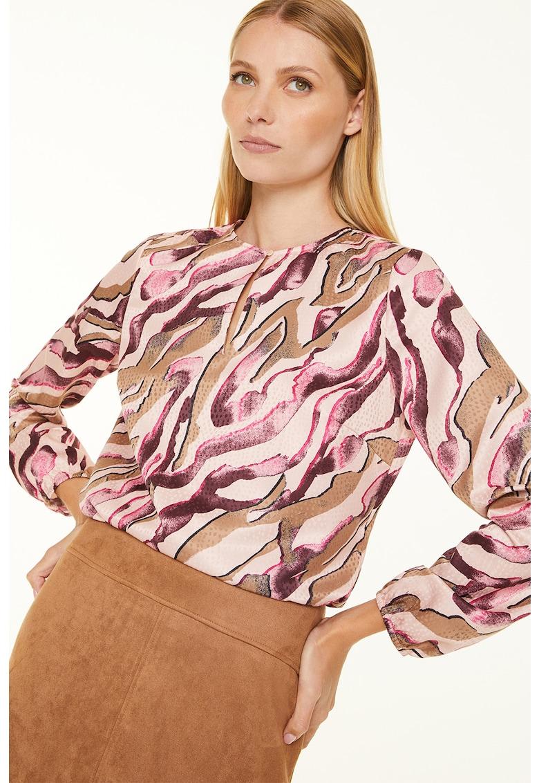 Bluza cu decolteu la baza gatului si imprimeu abstract imagine