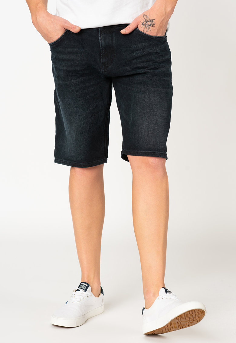 Pantaloni scurti regular fit din denim