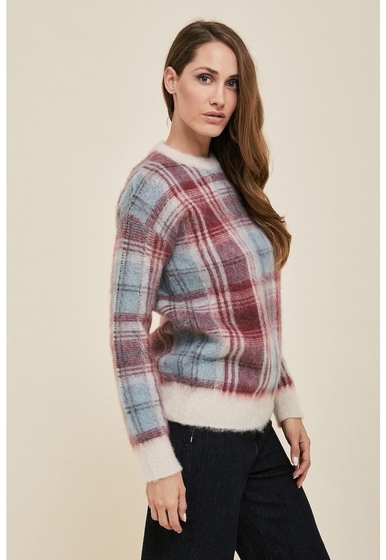 Pulover din amestec de lana si mohair cu model in carouri