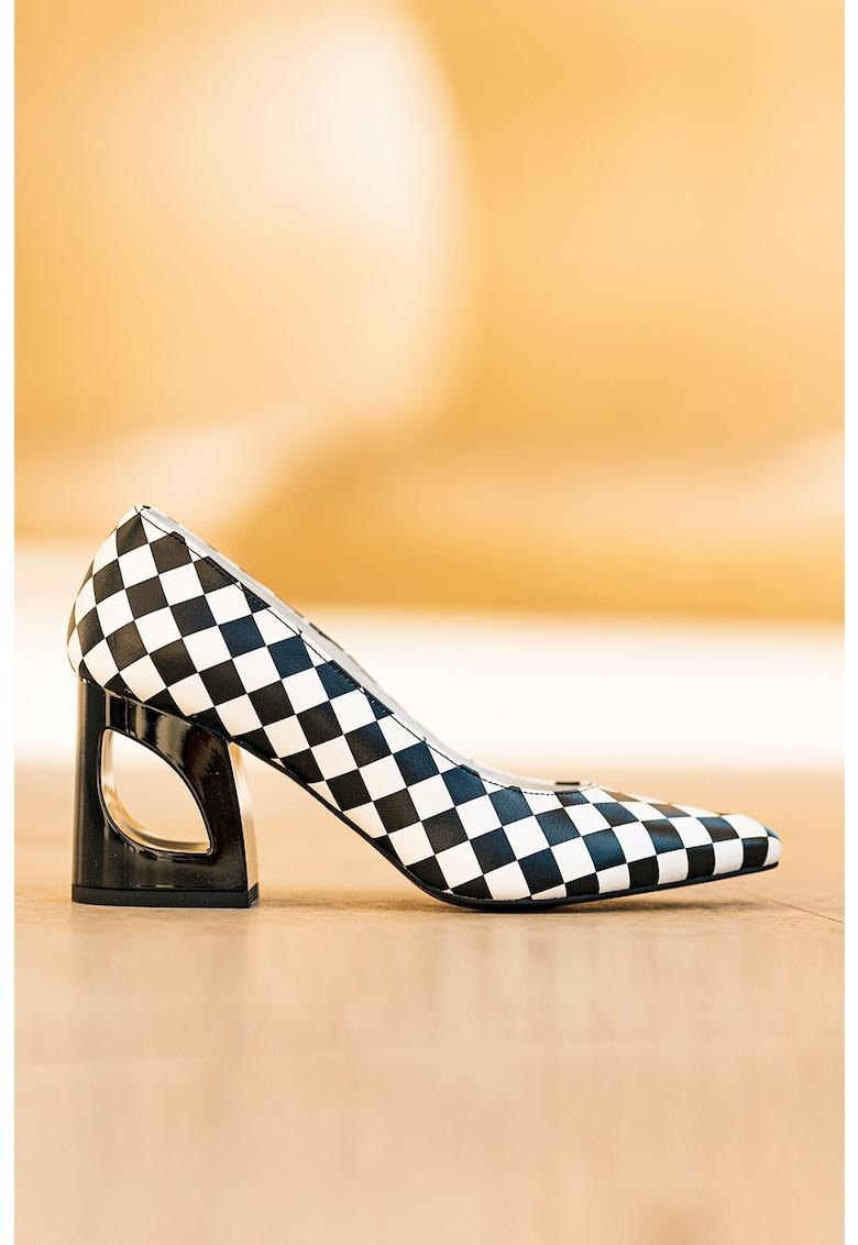 Pantofi de piele cu imprimeu in carouri