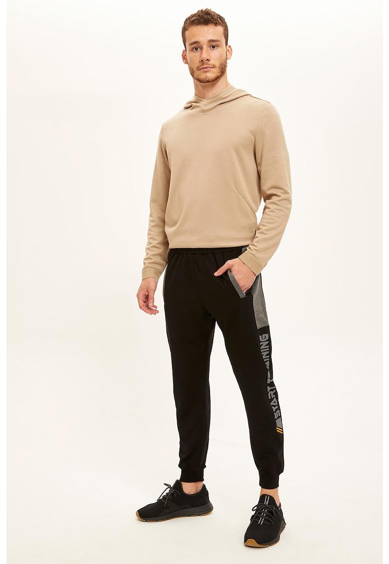 Pantaloni sport cu talie elastica