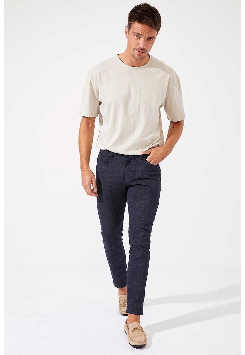 Pantaloni slim fit din amestec de bumbac