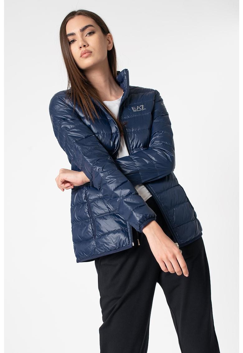 Jacheta cu umplutura de puf si aspect matlasat imagine