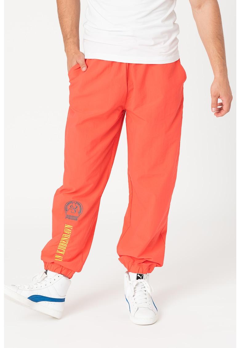 Pantaloni de trening cu buzunare laterale Han imagine fashiondays.ro