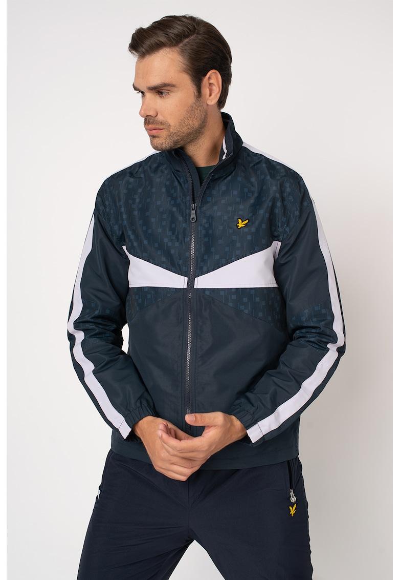 Jacheta cu segmente contrastante