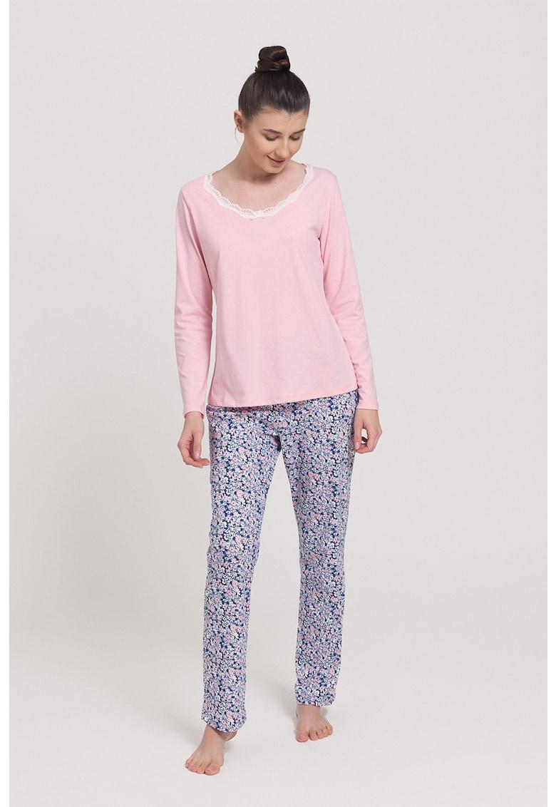 Pijama cu garnitura din dantela Eveline