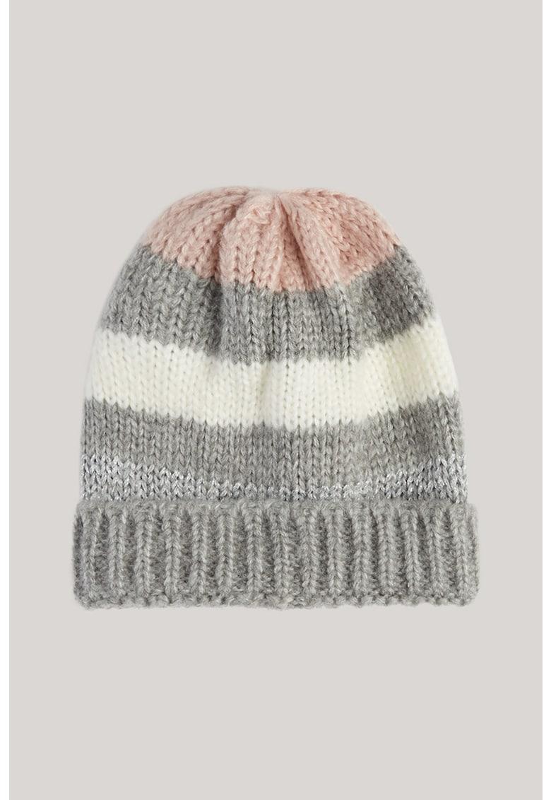Caciula tricotata fin imagine