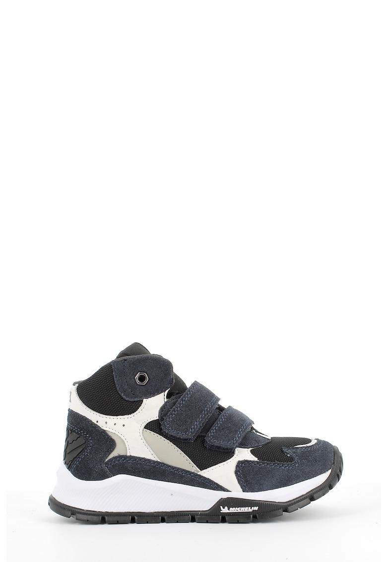Pantofi sport mid-high cu insertii de piele intoarsa imagine promotie